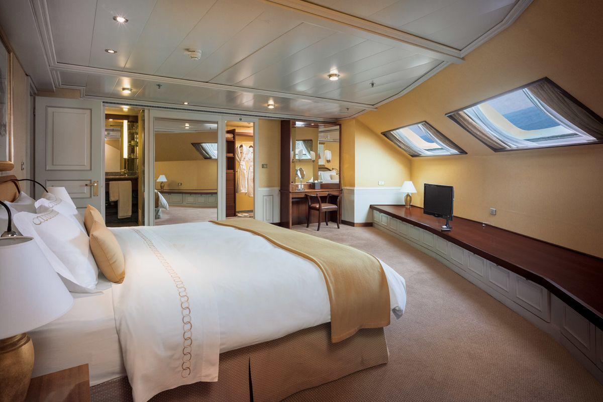 Royal 2 Bedroom
